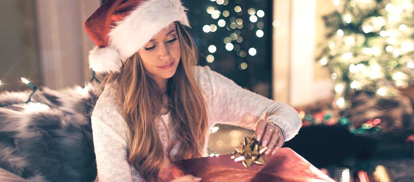 Weltenbummler Weihnachtsgeschenk auspacken
