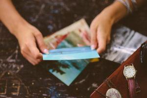 Postkarten von deiner Reise mitnehmen