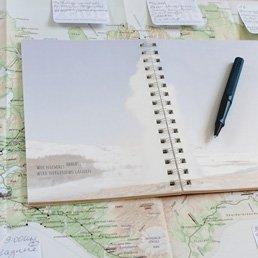 JourneyBook Reisetagebuch für Island auf Karte